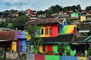 «Радужная деревня» — мечта инстаграмера